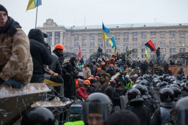 Citizens and riot police. Protests of Euromaidan in Kiev, December 2013