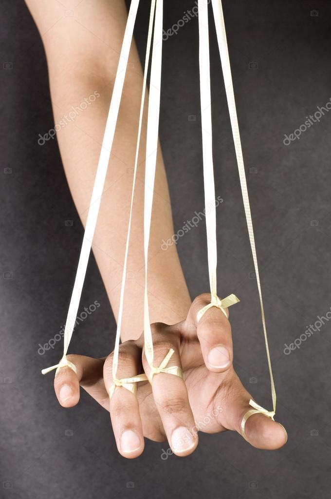 Fäden ziehen hand
