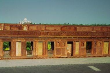 Agra Fort, Taj Mahal