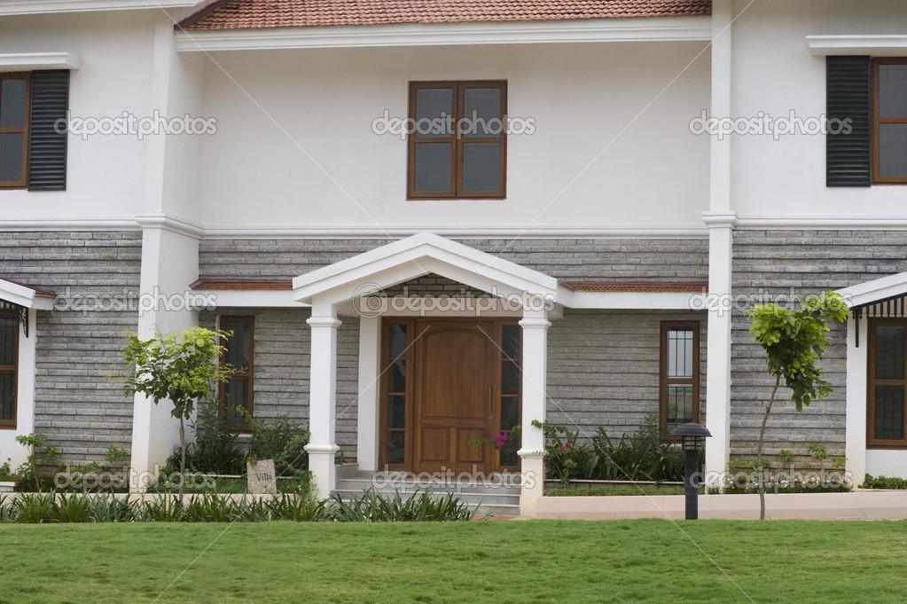 Fassade Bungalow fassade eines bungalows stockfoto imagedb seller 33080655