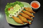 Vietnam élelmiszer (grill garnéla főzési át nyílt cukornád nyárson