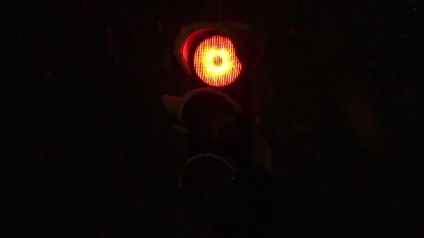 semaforu rozsvítí zeleně