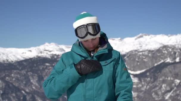 snowboard dívka se chystá