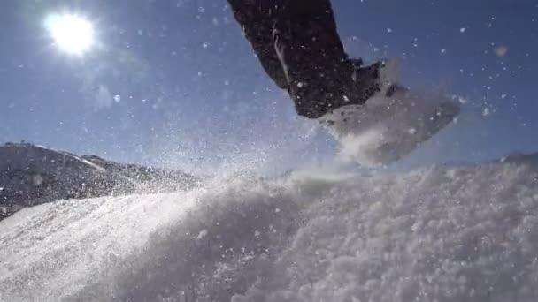 Snowboard, ugrás egy kicker