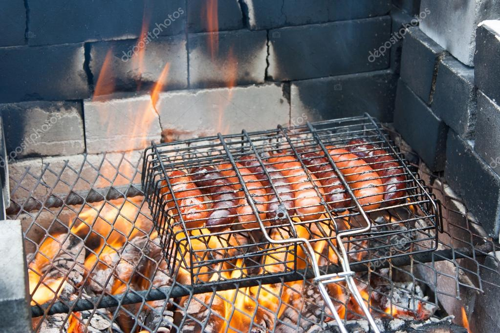 BBQ Hot Dogs (sausages)