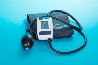 The device for blood pressure measurement - a tonometer