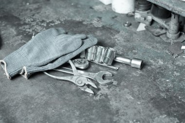 tools for car repair