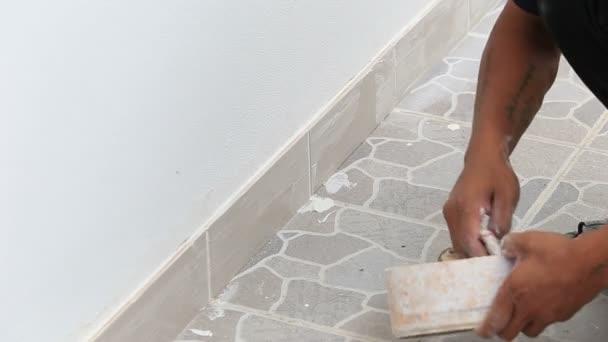 instalace dlaždice podlahy pro bytové výstavby