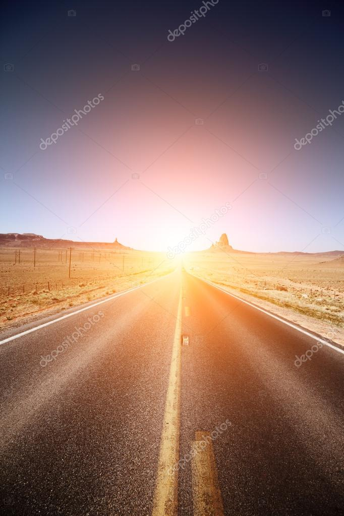 Road leading to the horizon