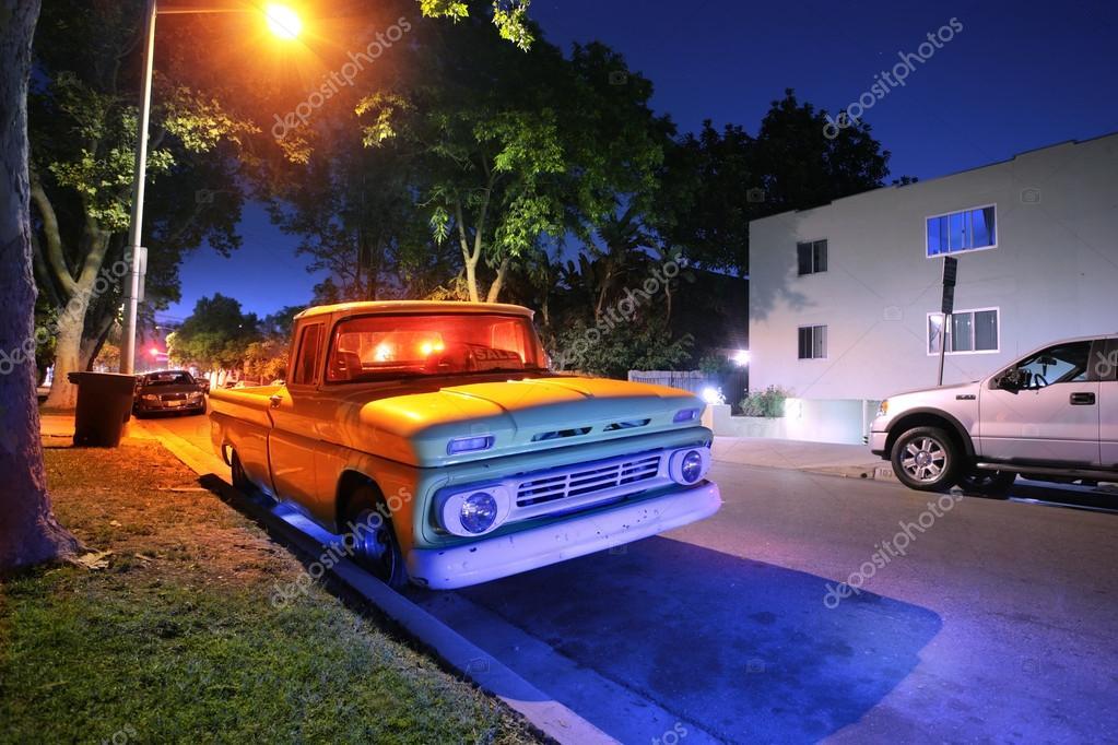 Vintage American pickup truck — Stock Photo © logoboom #32911701