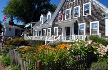 Provincetown, Massachusetts: Cape Cod Home and Gardens