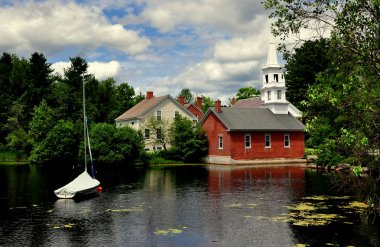 Harrisville, NH: Picturesque New England Village