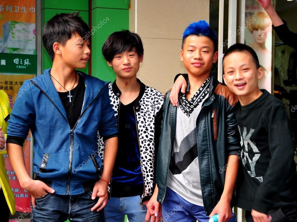 China Four Teenaged Boys Stock Editorial Photo Leesnider  # Bois En Chaene