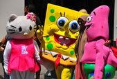 New York: Spongya bob és a hello kitty rózsaszín, a times square