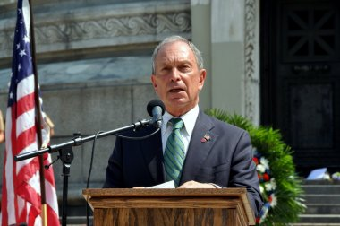 NYC: Mayor Michael Bloomberg at Memorial Day Ceremony