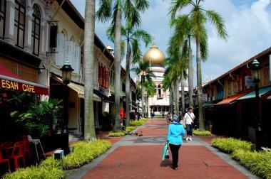 Singapore: Bussorah Street and Masjid Sultan Singapura Mosque
