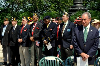 NYC: Mayor Michael Bloomberg and Veterans at Memorial Day Service