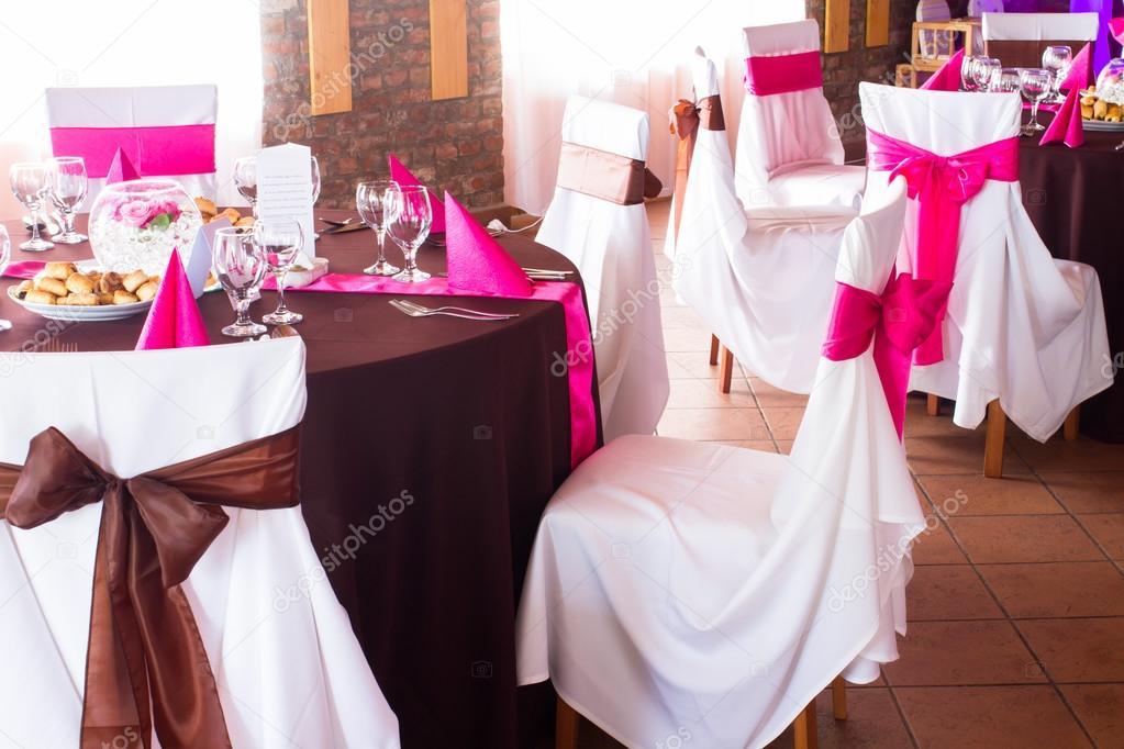 Rosa Und Lila Licht Hochzeit Tisch Stockfoto C Ctvvelve 49433961