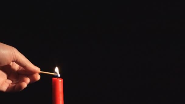 2 つの心で燃えているキャンドル