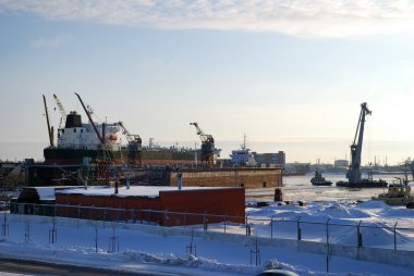 cargo ship fixed shipyard docks