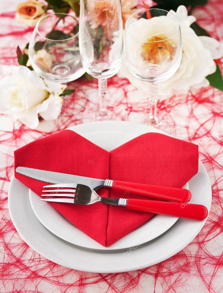 Place Setting with Heart Napkin — Stock Photo © M.Grau #33650615