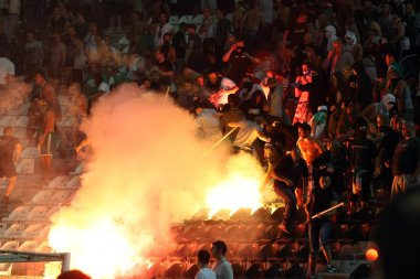 PAOK Thessaloniki against Rapid Vienna football match riots