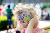 dítě s malování na obličej