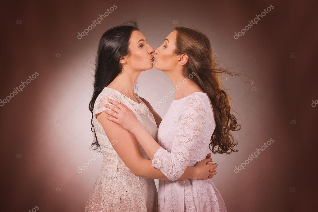 Lesbian Teen Kissing Homemade