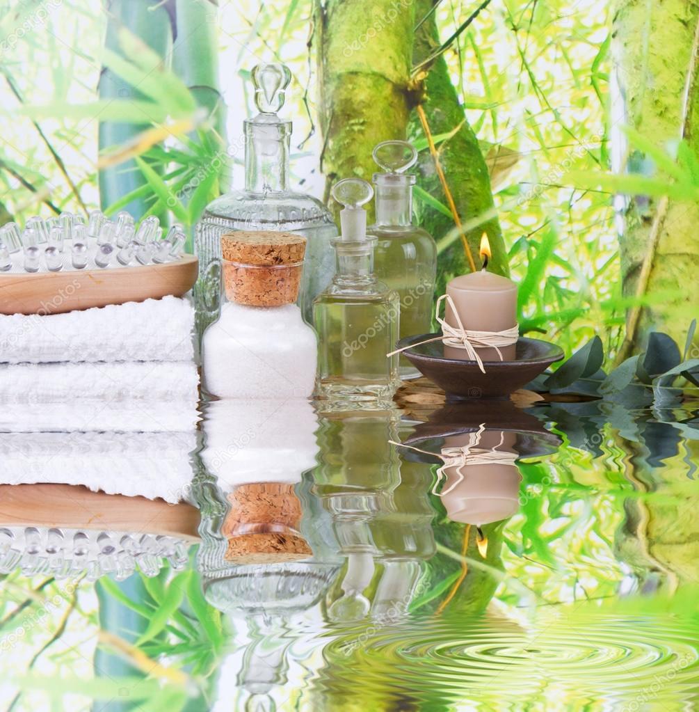 Decoration De Spa dedans décoration de spa en vert et blanc avec le sel de bain, bougies
