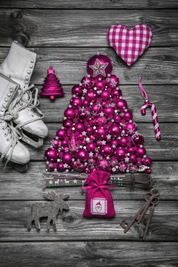 Christmas decoration: shabby chic or country style in vintage lo