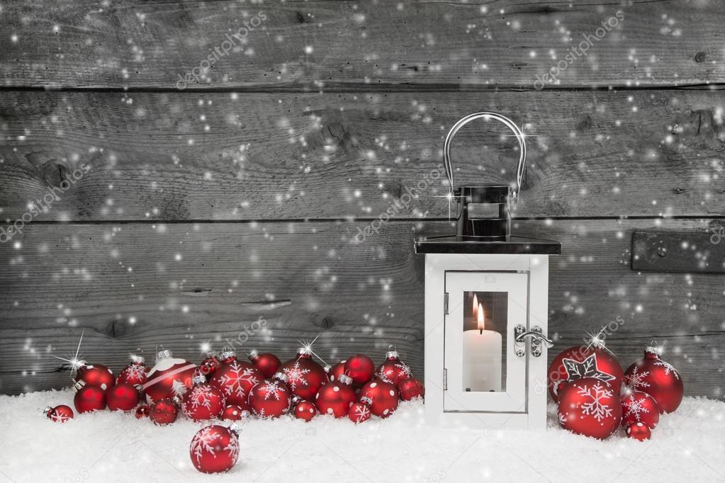 laterano chic shabby bianco per natale con palle di candela e rosso foto stock jeanette. Black Bedroom Furniture Sets. Home Design Ideas