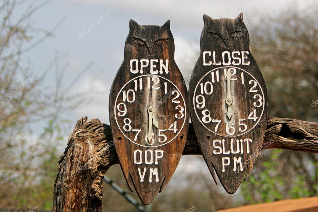 Gate clocks