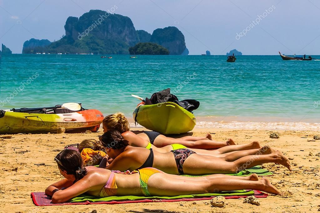 Frauen Beim Sonnenbaden