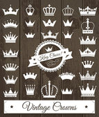 Fotografie Crowns vintage set.
