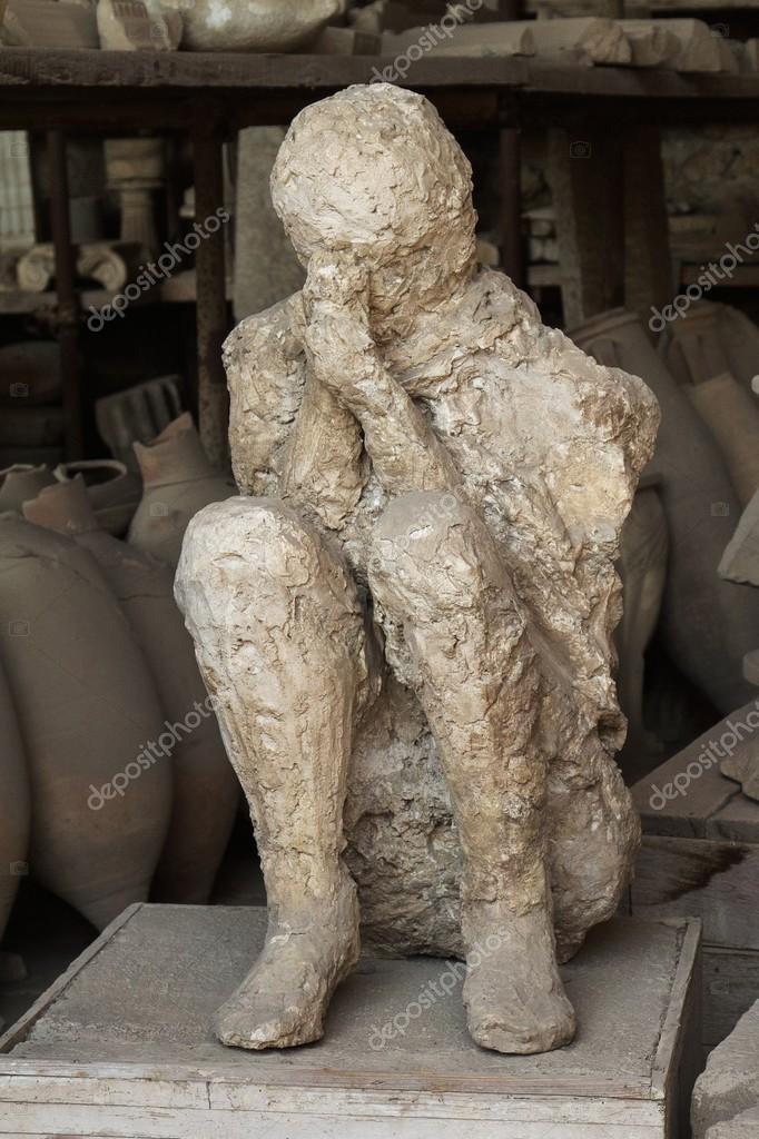 emberi áldozat test öntött a pompeii — Stock Fotó © jirivondrous ... 5e0974e7d2