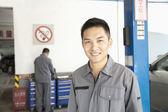 Mechanik garáže