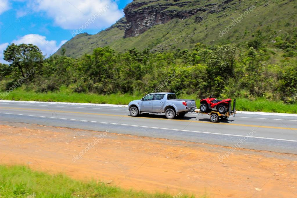 Car on highway Chapada Diamantina