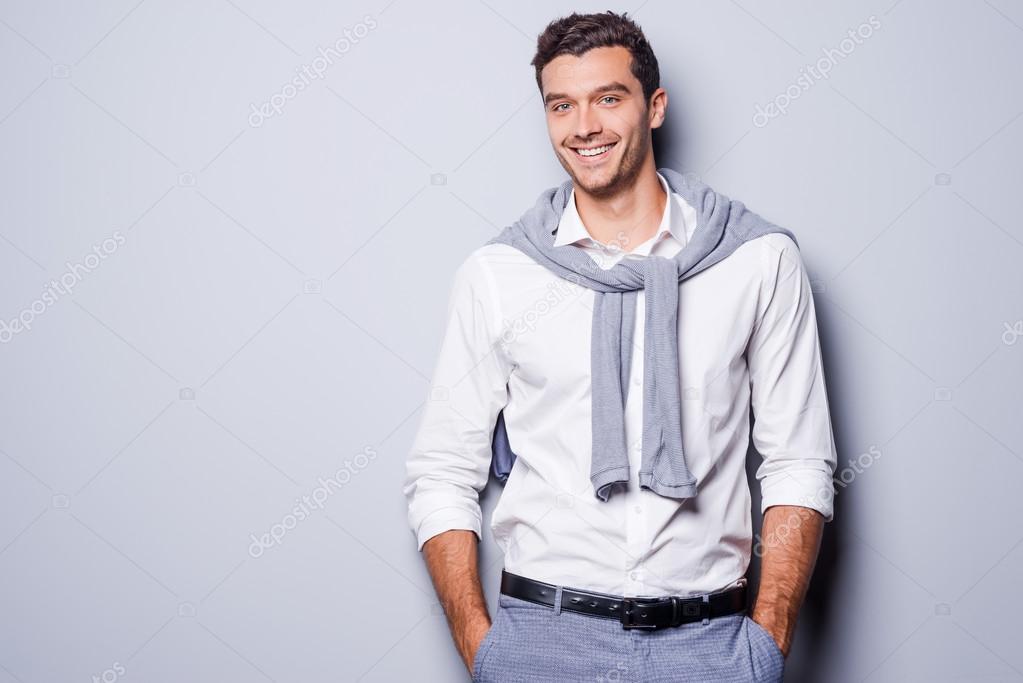 hombre en ropa casual elegante u foto de stock