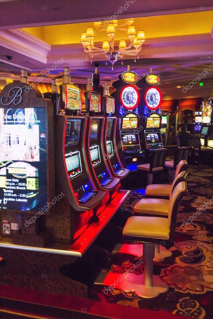 Bellagio casino room with slot machines – Stock Editorial Photo © razyphoto  #41713091