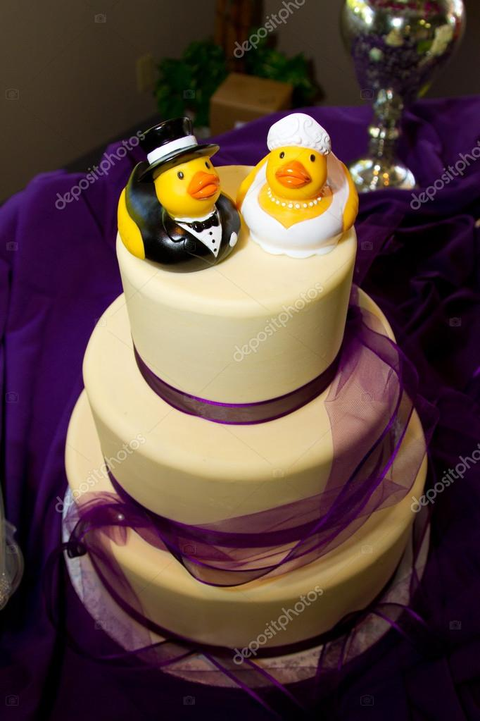 Rubber Duck Cake – Stock Editorial Photo © joshuarainey #37082207