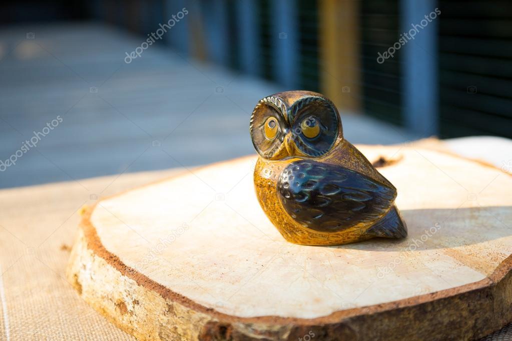 Wooden Owl Wedding Decor Stock Photo Joshuarainey 37139013
