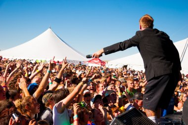 Hawk Nelson Performs at Creation NW 2006