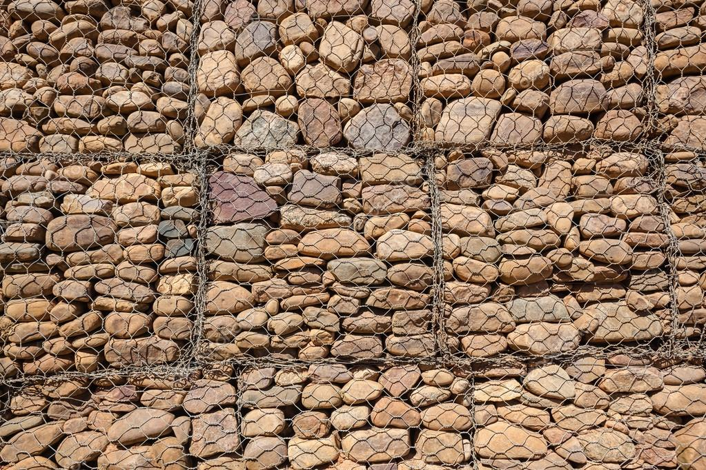 Stein Draht Wand — Stockfoto © ChrisVanLennepPhoto #36518005