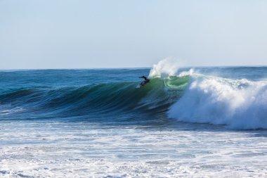 Waves Cyclone Surfer Jordy Smith