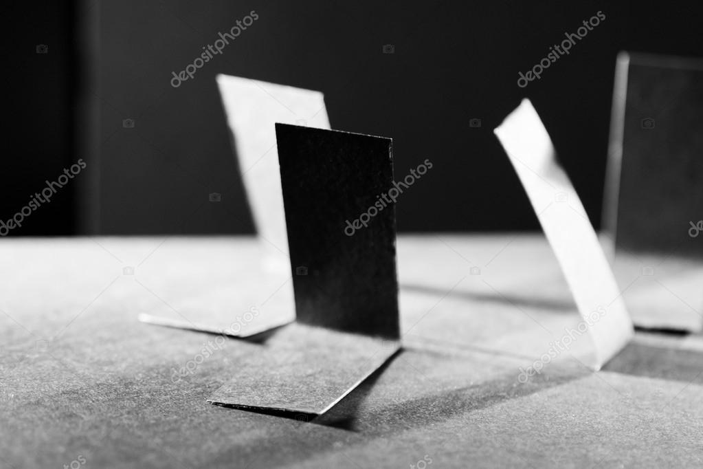 schwarzes Papier Formen und Schatten — Stockfoto © ileana_bt #47803239