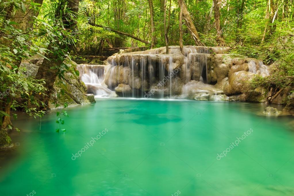 Фотообои Erawan waterfall level 5.