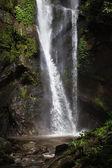 cascata di fa Mok, provincia di chiang mai, Thailandia del Nord