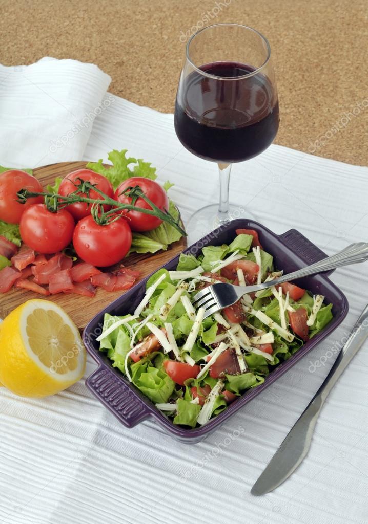 Smoked salmon salad with vegetables