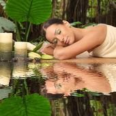Fotografie beautiful young woman in a spa