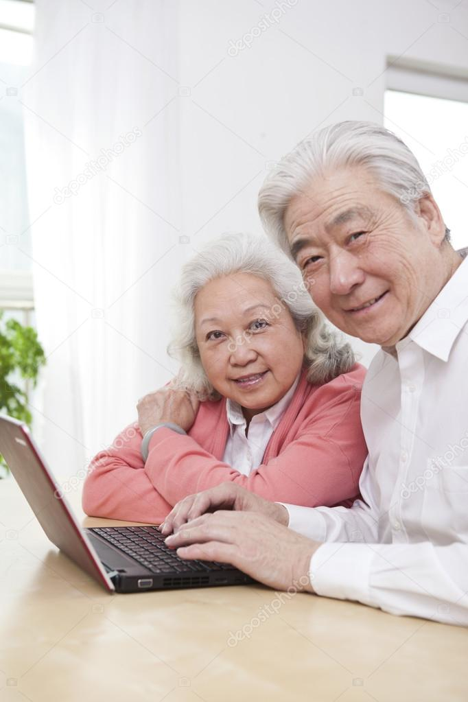 Senior Dating Online Service In La